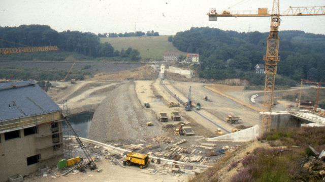Baustelle Staudamm Wupper-Talsperre 18.08.1986 (Quelle: Wupperverband)